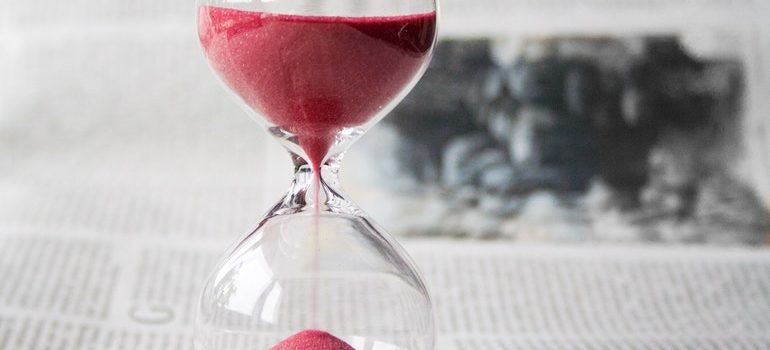 Hourglass symbolizing one of the greatest secrets of a successful interstate move - time.