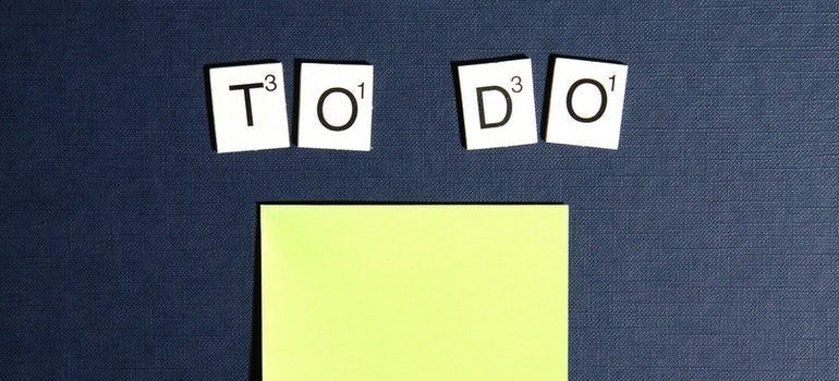 To-do list on a notepad.