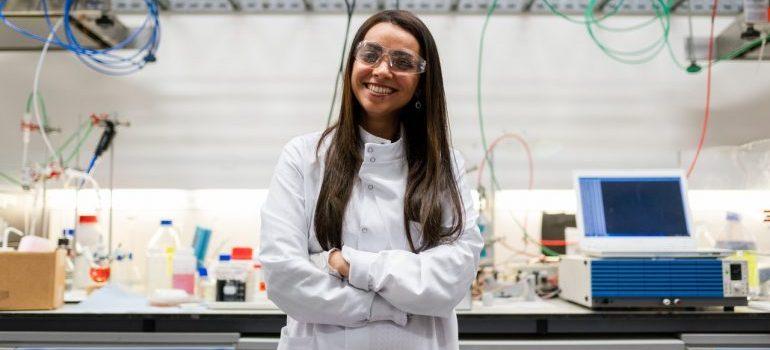 Woman inside a lab