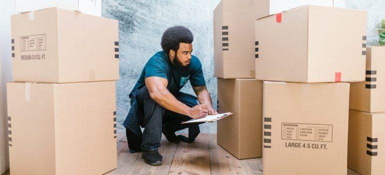 Man making an inventory list