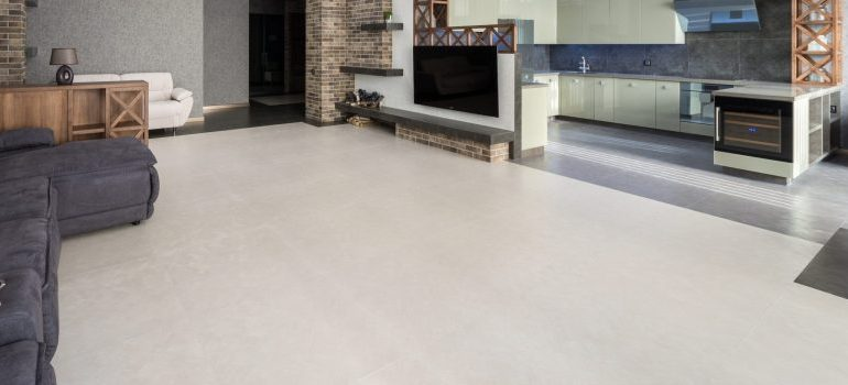 one of the ways of making your Nampa home more spacious - empty floors